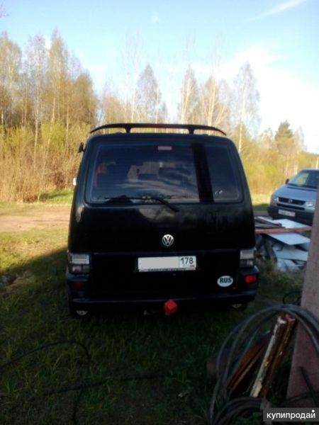 Фольксваген Caravella Т4 2000 г 2, 5 ТД черный металлик