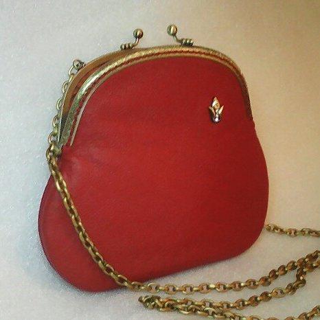 Маленькая кожаная красная сумочка Handmade
