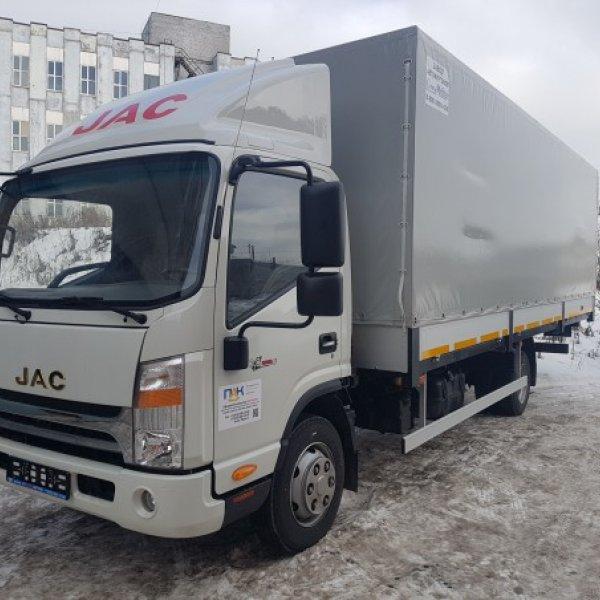 Бортовой грузовик с тентом JAC N75