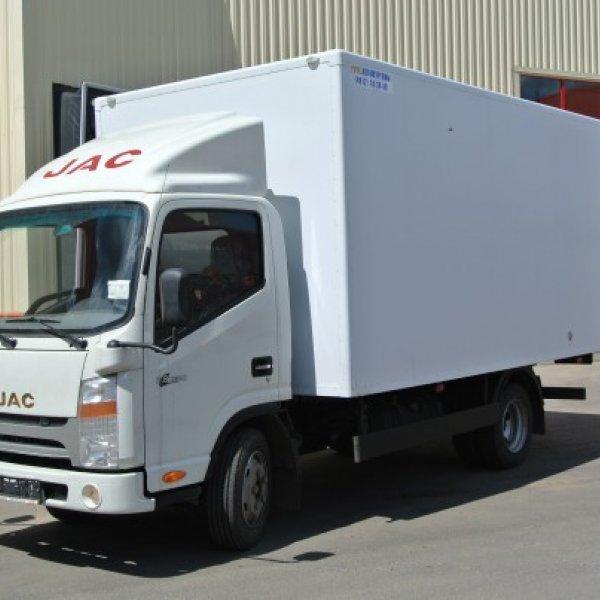 Фургон изотермический JAC N56
