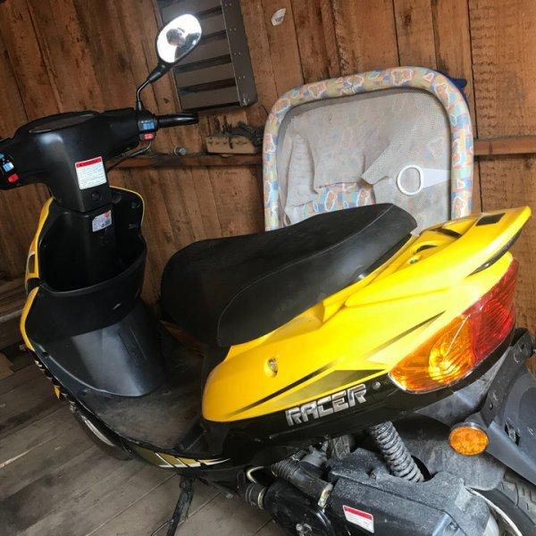 Мопед racer RC50QT-3S