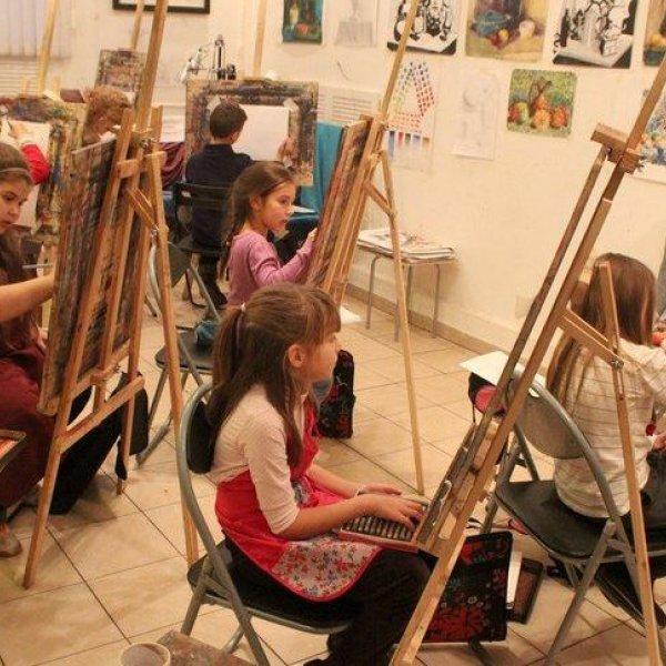 Художественная студия.  Живопись,  прикладное искусство
