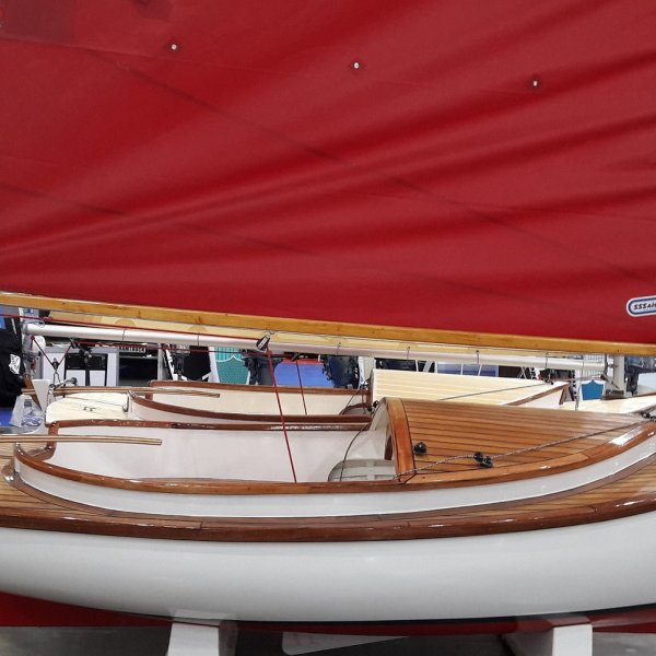 Парусная яхта кэт бот «Tom Cat 12ft»
