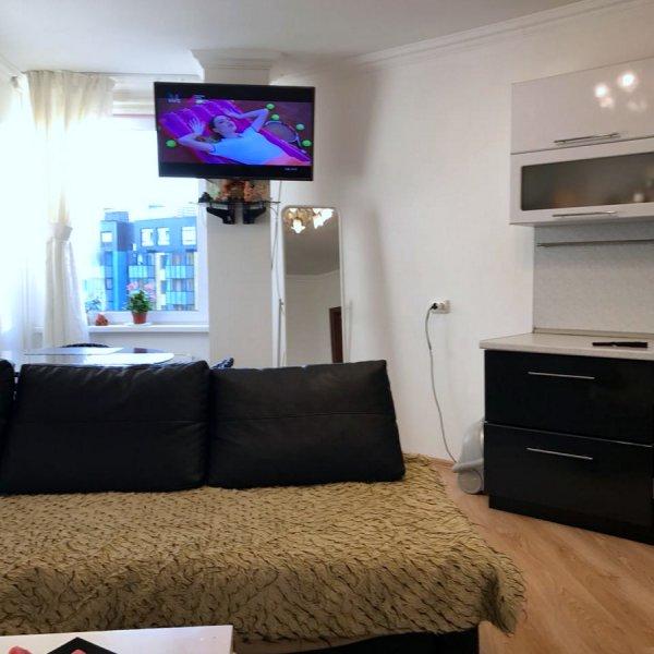 продам уютную  ево 2комнатную  квартиру  в Пушкине  рядом с Парком