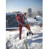 Выполняем работы по очистке кровель от снега и наледи